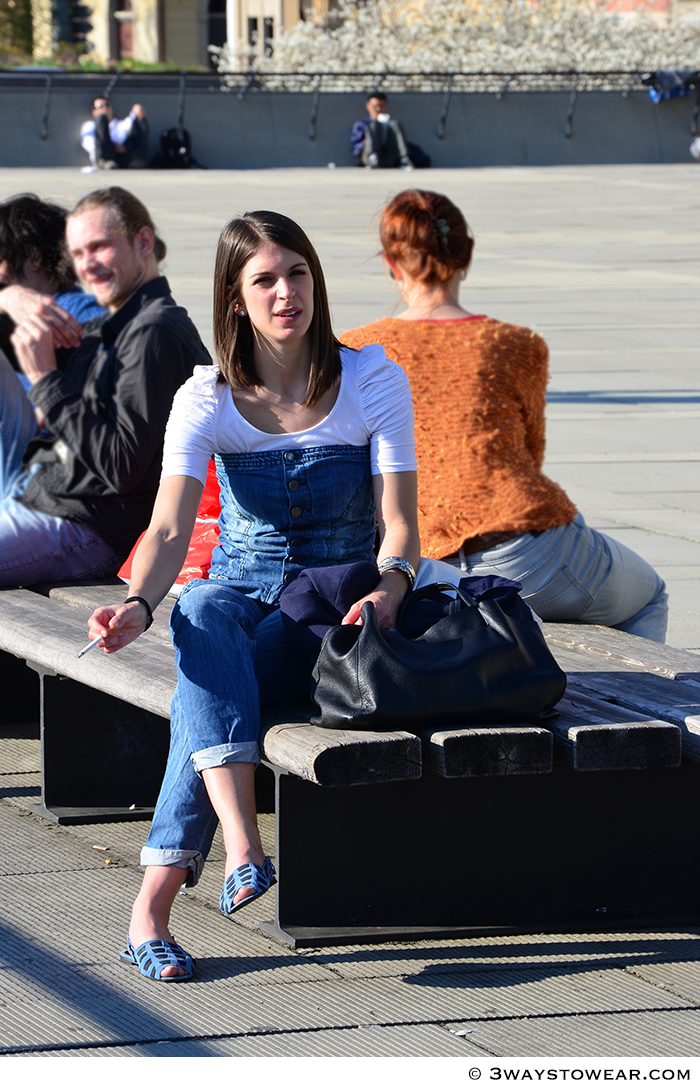 How to wear a denim overall as cool as Alexa Chung | © 3waystowear.com