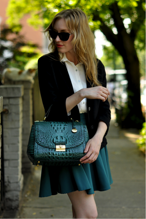 How To Wear Hunter Green By 3 Ways