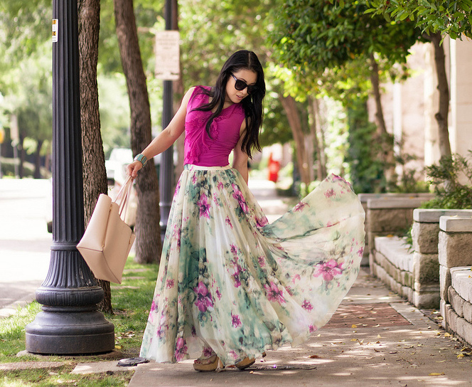 How To Wear A Chiffon Maxi Skirt